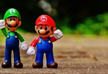 console de jeux portable ou de salon
